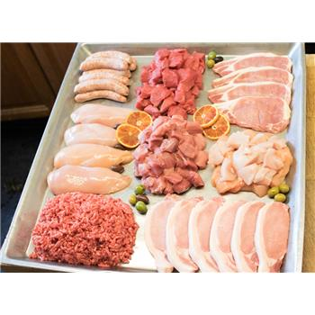 £42 Meat Box for 6 People